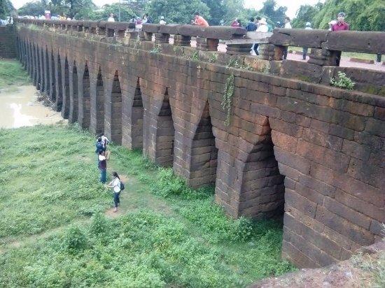 du lịch campuchia - cầu cổ Kampong Kdei