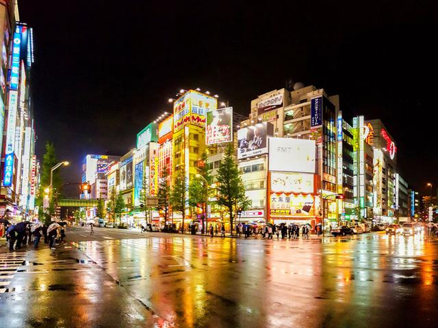 Du lịch Nhật Bản - phố điện tử Akihabara